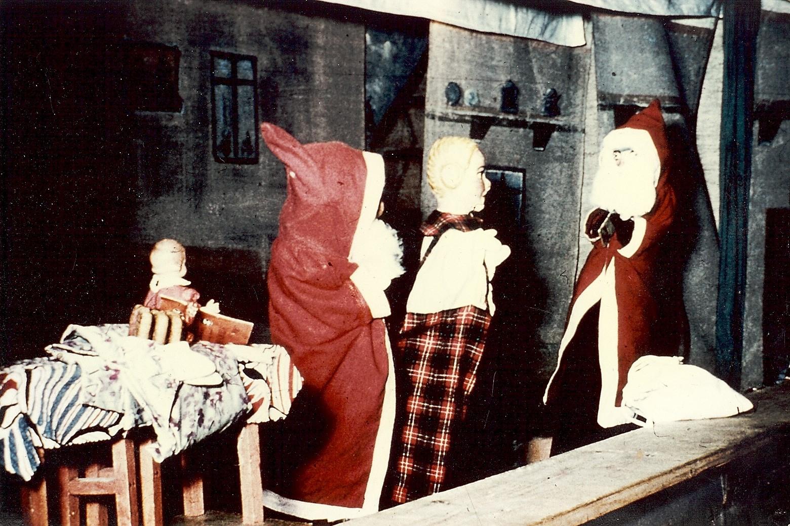 """Aus dem Stück """"Dreimal Weihnachtsmann"""""""